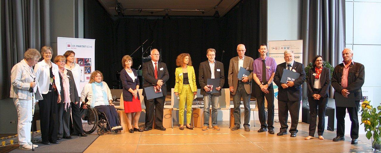 Silberne Ehrennadel An Bernd Franz
